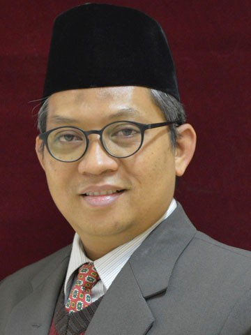 Photo of H. Ahmad Mutaqqin, S.Ag., M.Ag., M.A., Ph.D.