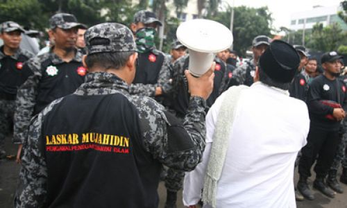 Why Do Islamist Movement Die? (Majelis Mujahidin Indonesia and its Decline)